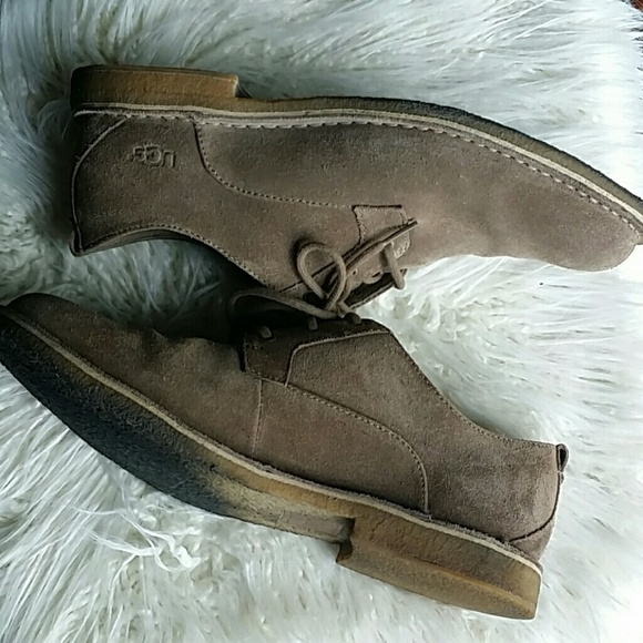 UGG Other - Mens UGG Oxford lace up shoes SZ 11